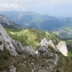 Klettern Kampenwand mit Blick auf Aschau vom Westgrat