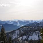 Blick in die winterlichen Alpen von der Kampenwand aus