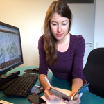 Stephie_am_Schreibtisch