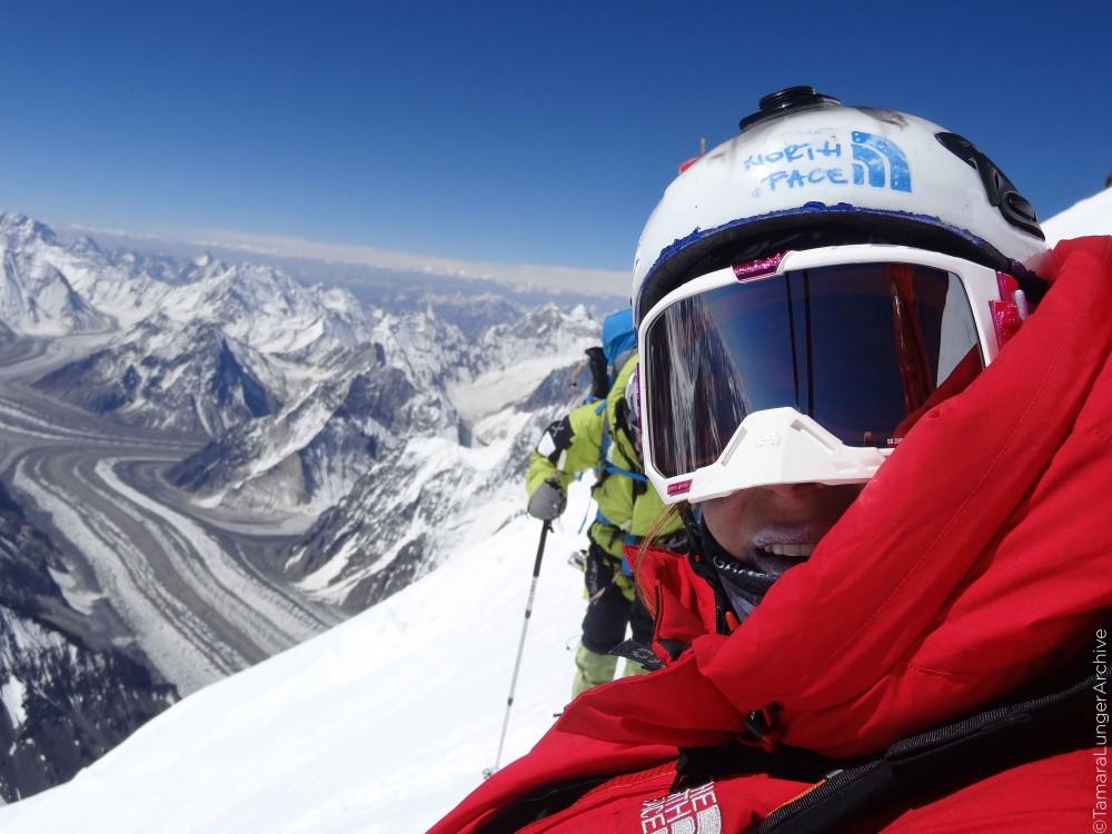 EOFT-Tamara_Lunger_K2-Aufstieg-Gipfel