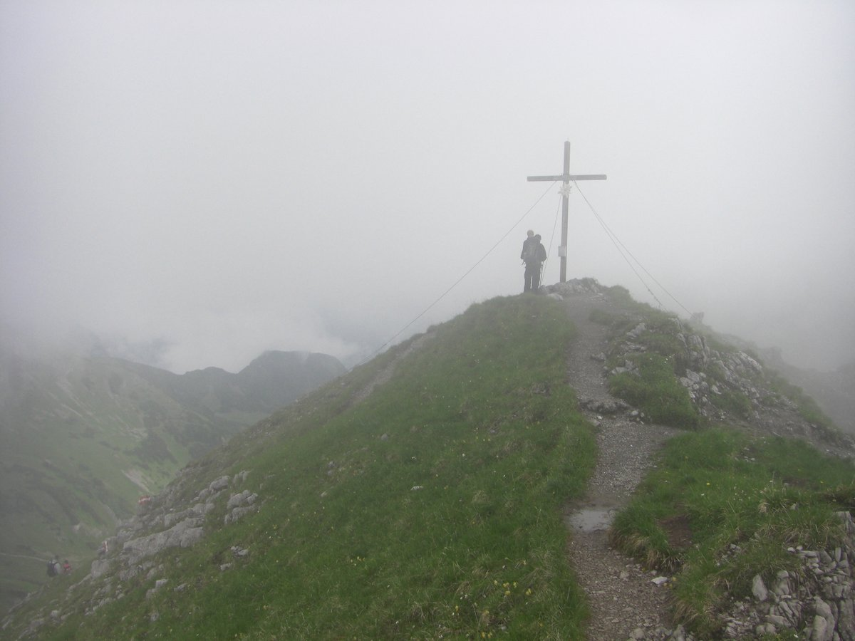 Getrübtes Gipfelglück bei schlechtem Wettter