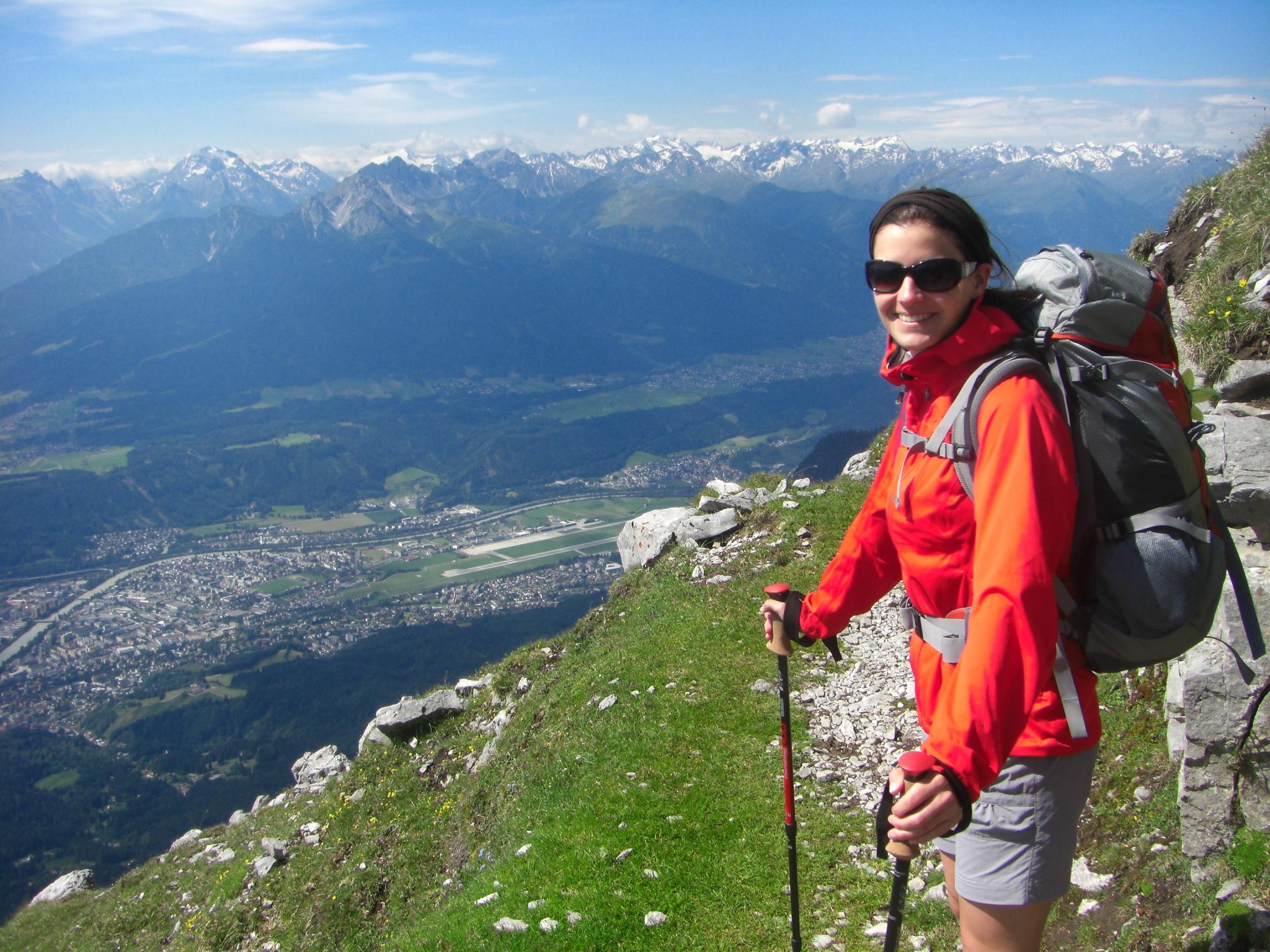Packliste Wandern Wanderstöcke