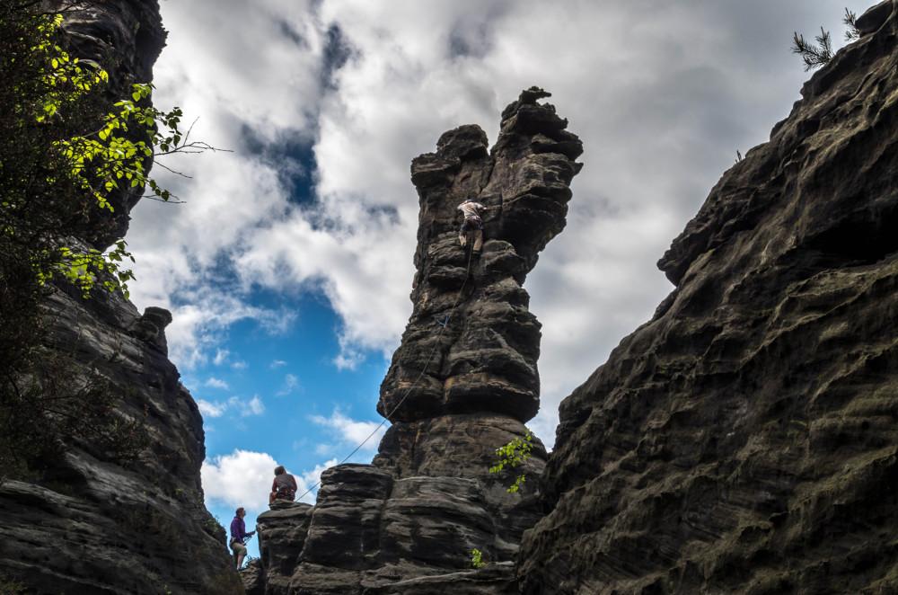 Klettern im Elbsandstein (Foto: Stefanie Wolske)