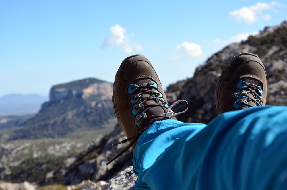 Wanderschuhe-Wanderung-Mallorca-Packliste