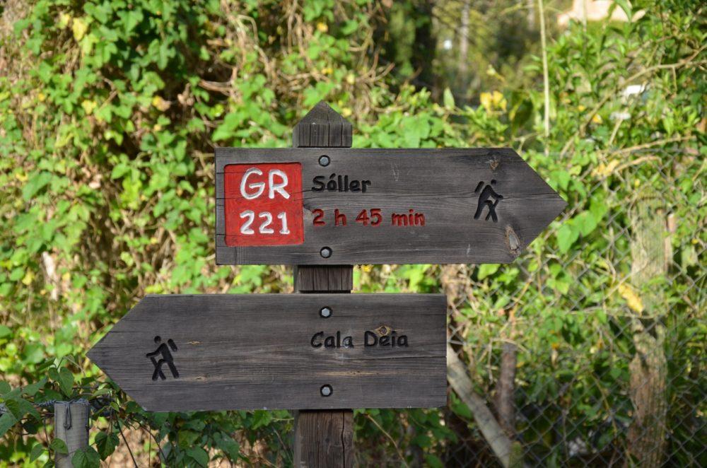Wegweiser GR221 Soller