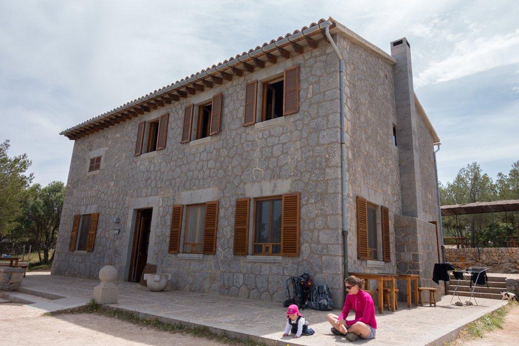 Wandern mit Baby auf Mallorca Krabbelpause